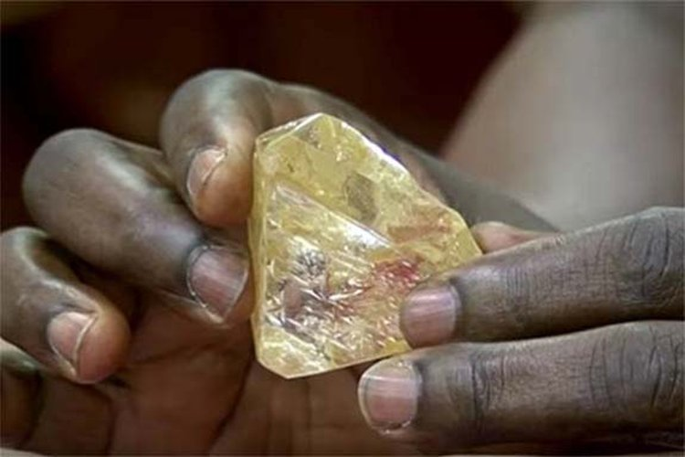Sierra Leone's Lucky Pastor and His 706-Carat Diamond Travel to Antwerp in Search of a Buyer With Deep Pockets